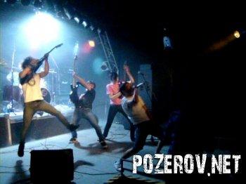 Концертные фото украинской металкор группы DENSE RED DROPS
