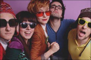 Clover Club — Random Mood Jukebox